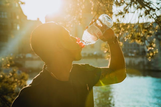 water bottle travelling tips