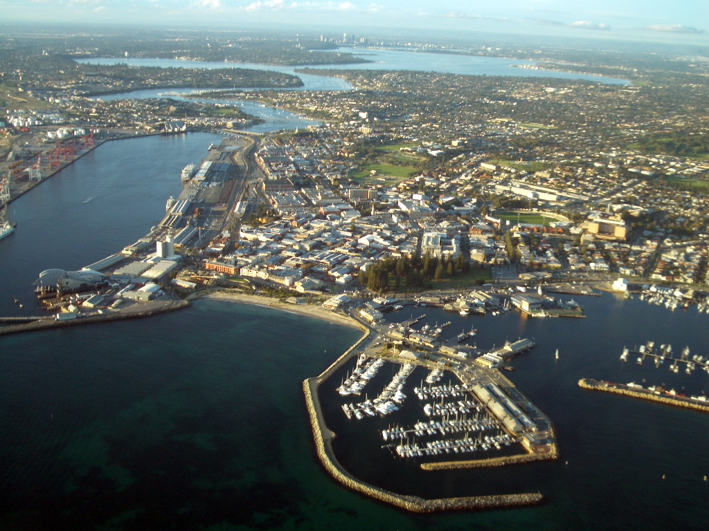 Aerial_view_of_Fremantle