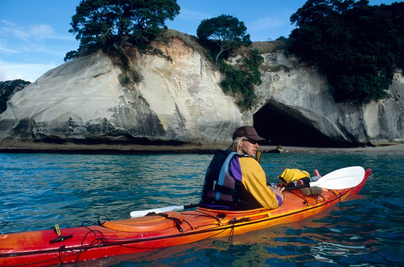 Kayak around Cathedral Cove New Zealand